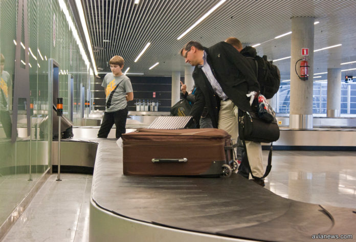 Валіза або сумка після перельоту пошкоджені: як пасажир може отримати компенсацію