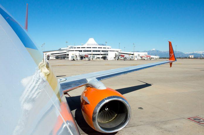 Рейс с технической остановкой на дозаправку: как это выглядит
