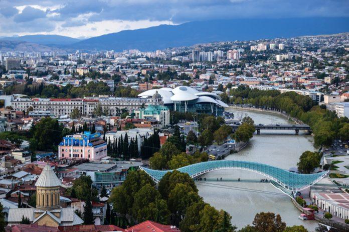 Грузия разрешит въезд туристам из Украины и Беларуси с 1 марта: на каких условиях
